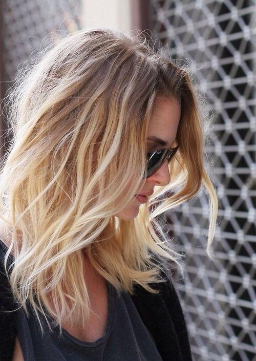 Medium Length Hairstyles & Shoulder Length Haircuts