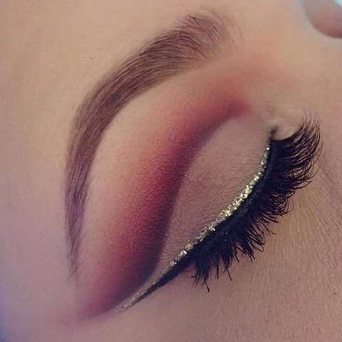 Top 10 Best Glitter Makeup Products & 20 Awsome Glitter Makeup Ideas