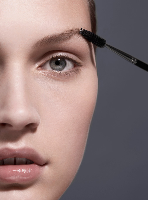 Beauty Tricks That Make You Look Younger