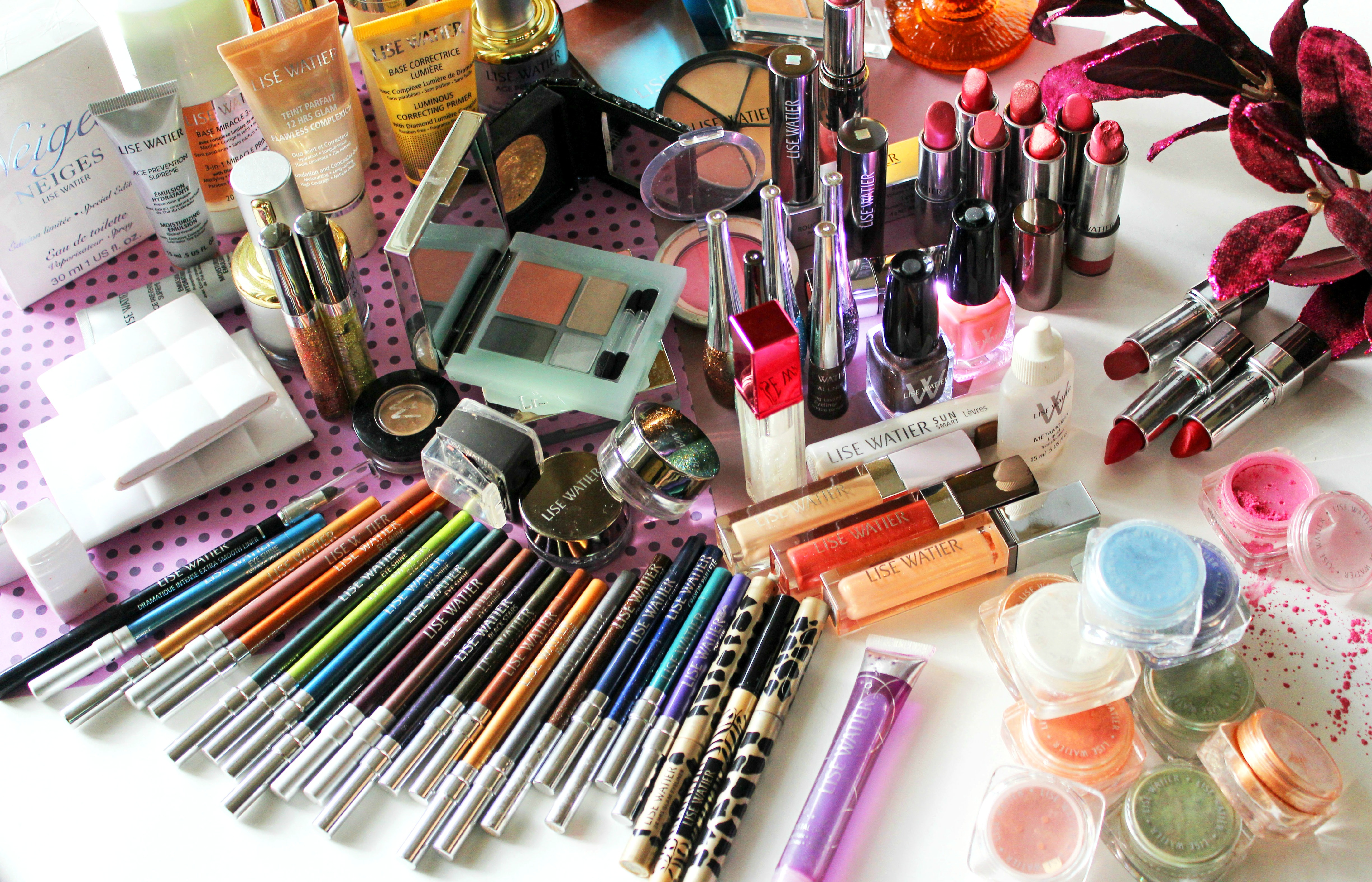 Tips on How to Create a Makeup Collection on a Budget