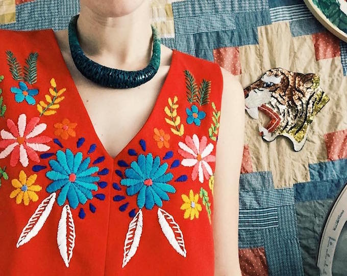 16 Trendy Embroidered Items of Clothing - Embroidery Design Ideas