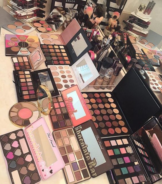 7 Tips for Spring Cleaning Your Beauty Collection