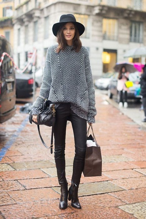 How to Wear Oversized Clothes - 7 Tips on How to Rock Oversized Outfits