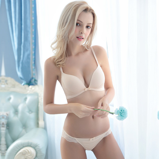 What is a Demi Bra & How to Buy Demi Bras