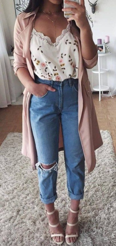 Cute Outfits Ideas To Wear During Spring 02