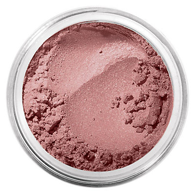 makeup products that will give you a natural summer look 2 8 Must Have Makeup Products that will Give You a Natural Summer look