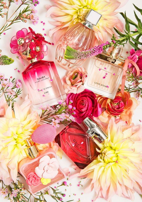 13 Best Floral Perfumes for 2017 - Flower Scents and Fragrances to Wear This Year