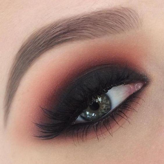 Смотрите это фото от @makeupgeekcosmetics на Instagram • Отметки «Нравится»: 10.7 тыс.
