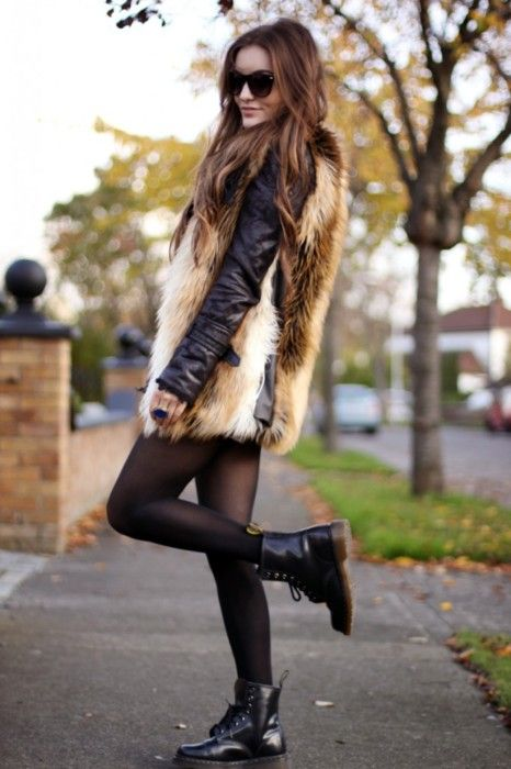 FUR, BOOTS, TIGHTS, BLACK, FASHION, STYLE, FALL, WINTER