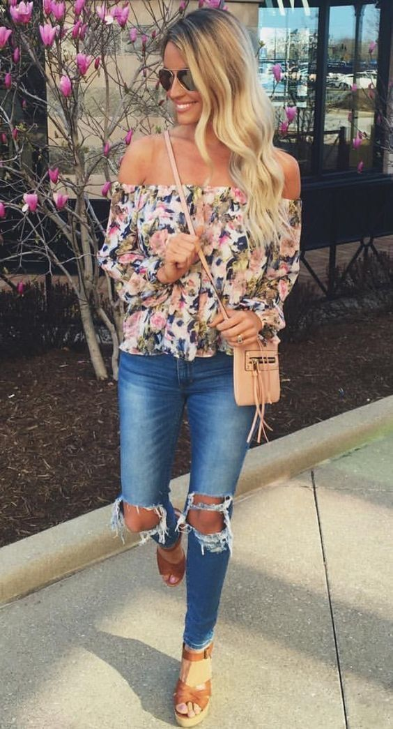 **** Get your first Stitch Fix delivered today and start receiving looks just like this! Adorable off the shoulder floral blouse paired with great distressed jean and perfect heeled sandal. Adorable look for Spring Summer. Stitch Fix Spring, Stitch Fix Summer, Stitch Fix Fall 2016 2017. Stitch Fix Spring Summer Fall Fashion. #StitchFix #Affiliate #StitchFixInfluencer