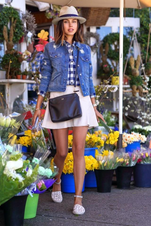 how to wear a denim jacket herstylecode 7 Tips on How to Wear a Denim Jacket