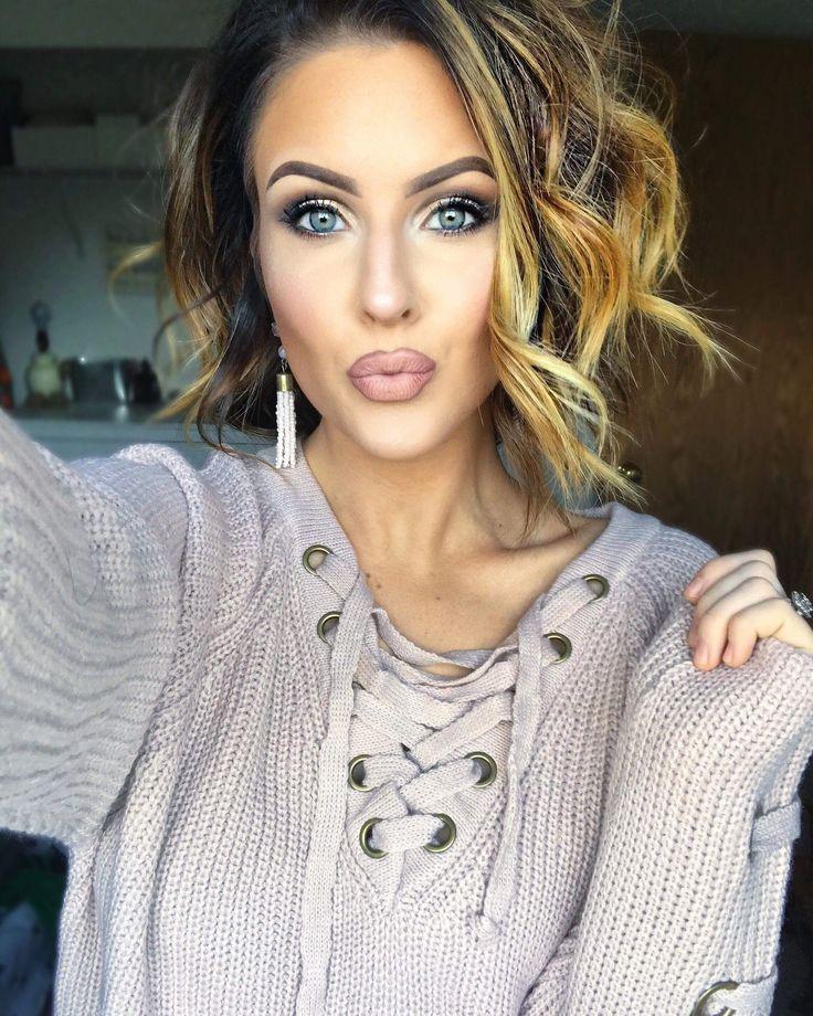 Pre- Order: Nicole Sweater - Blush