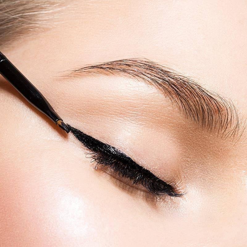The Best Eyeliner Hacks for Your Eye Shape