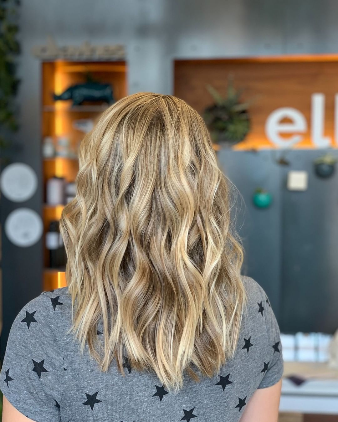 back view of balayage hairstyles