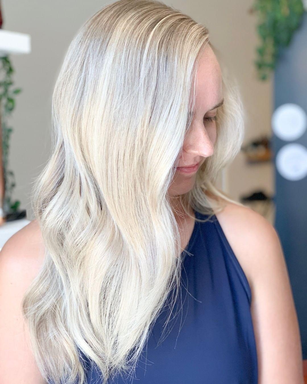 cute light blonde hair style
