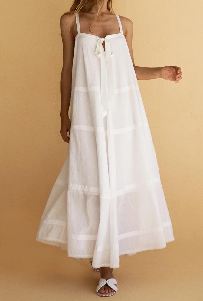 Posse Odette Dress What to Wear - Elle Fanning Outfit Ideas