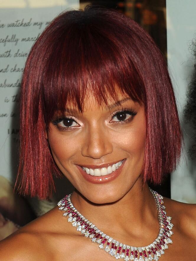 Selita Ebanks Layered Straight Bob Hairstyle