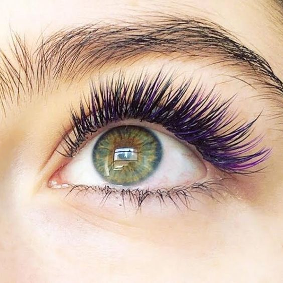 Mermaid Eyelash Extensions Are Here Just in Time for Halloween via Brit Co