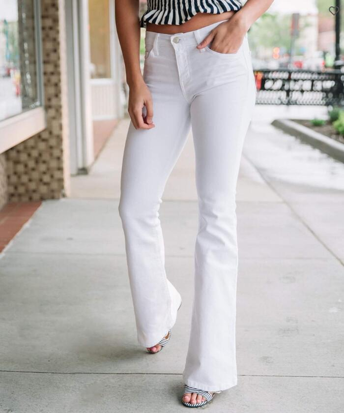 Mid-Rise Flare Stretch Jean