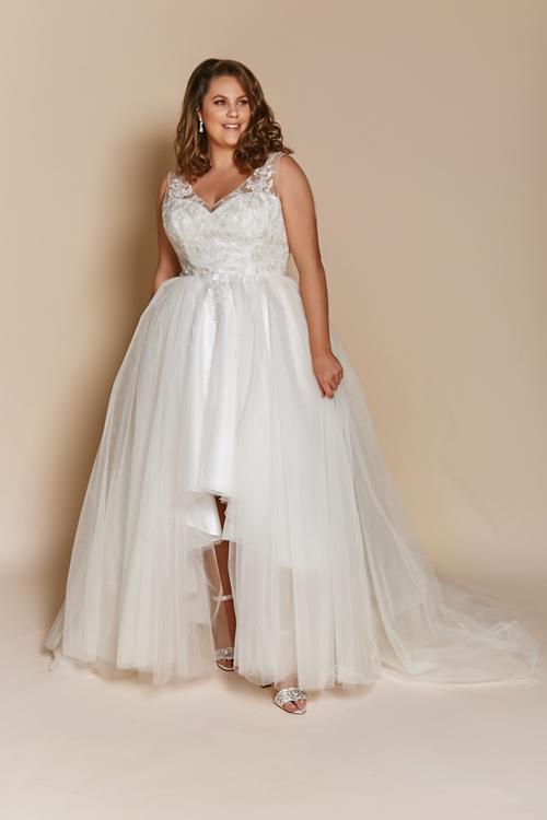 High-low wedding dress Luna - Short wedding dresses long bridal gowns