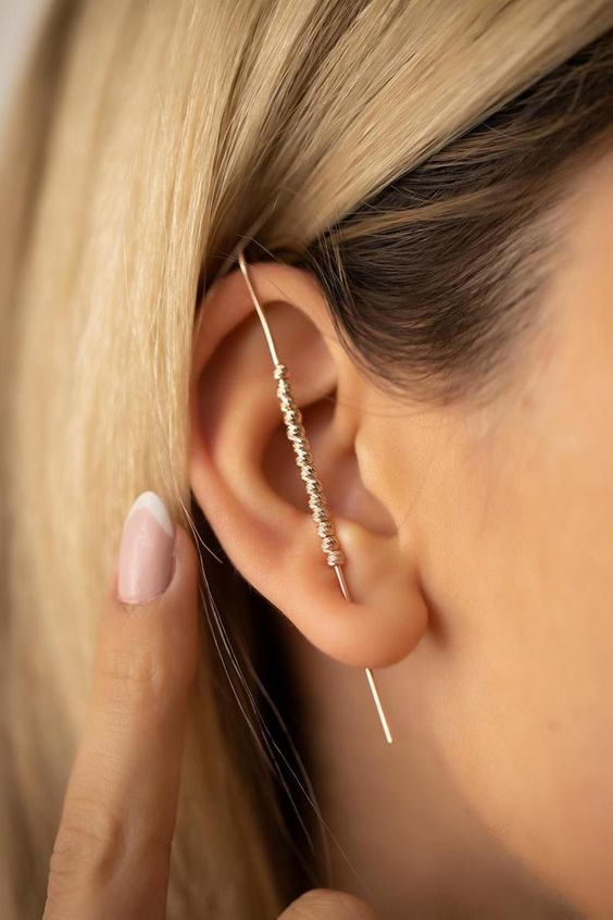 how to wear ear cuffs with trendy style 12 top tips herstylecode 11 How to Wear Ear Cuffs with Trendy Style