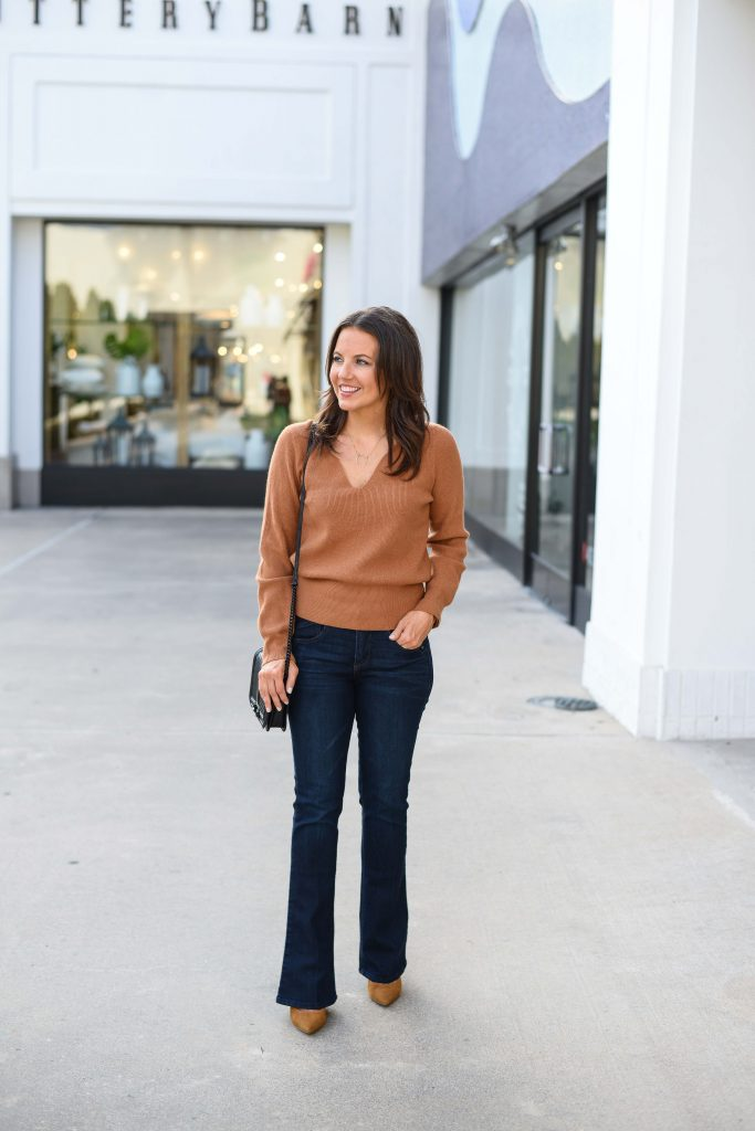 fall-outfit-light-brown-sweater-dark-wash-bootcut-jeans