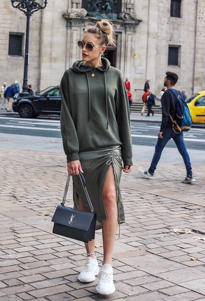 how to style yeezy for women