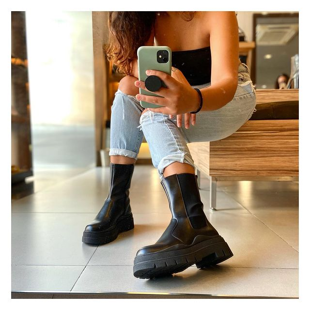 How to Wear Engineer Boots with Fabulous Fashion Flair