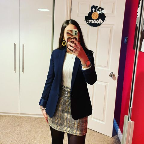 What to Wear with a Blazer - Female Fashion Right Now!
