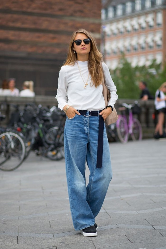 how to style baggy jeans in super cool slouchy chic outfits herstylecode 1 How to Style Baggy Jeans in Super-Cool Slouchy & Chic Outfits