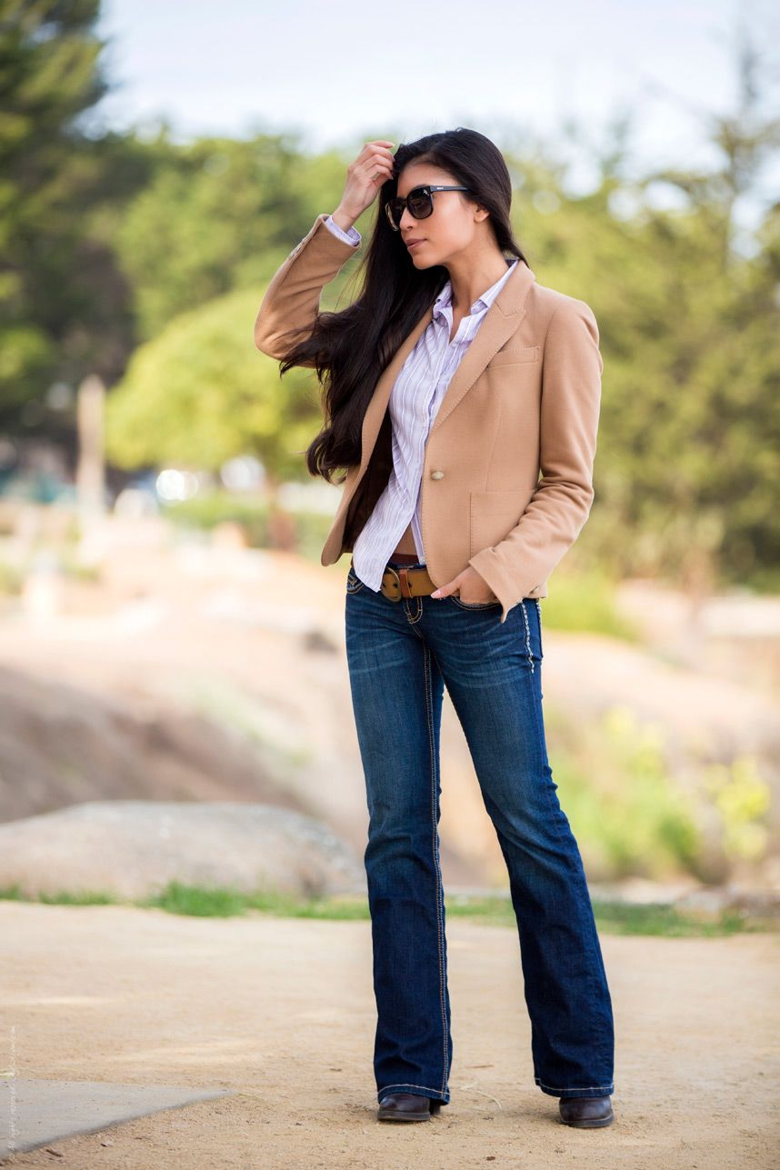 What to Wear With Bootcut Jeans | Bootleg jeans outfit, Jeans outfit casual, Bootcut jeans outfit