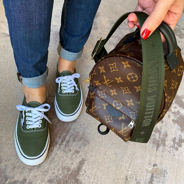 How to Wear Vans - What to Wear with Vans! (14 Ways)