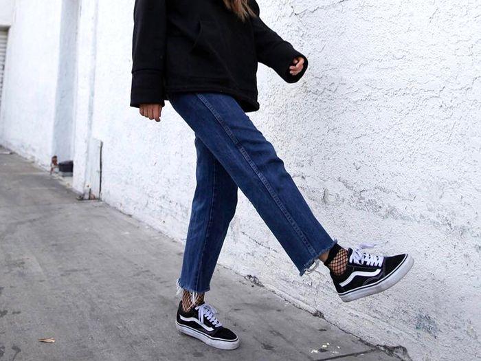how to wear vans with the new super trendy outfits herstylecode How to Wear Vans - What to Wear with Vans! (14 Ways)
