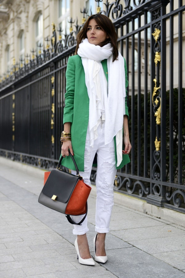 how to wear white jeans with this seasons top new fashion trends herstylecode 5 How to Wear White Jeans with This Season's Top New Fashion Trends