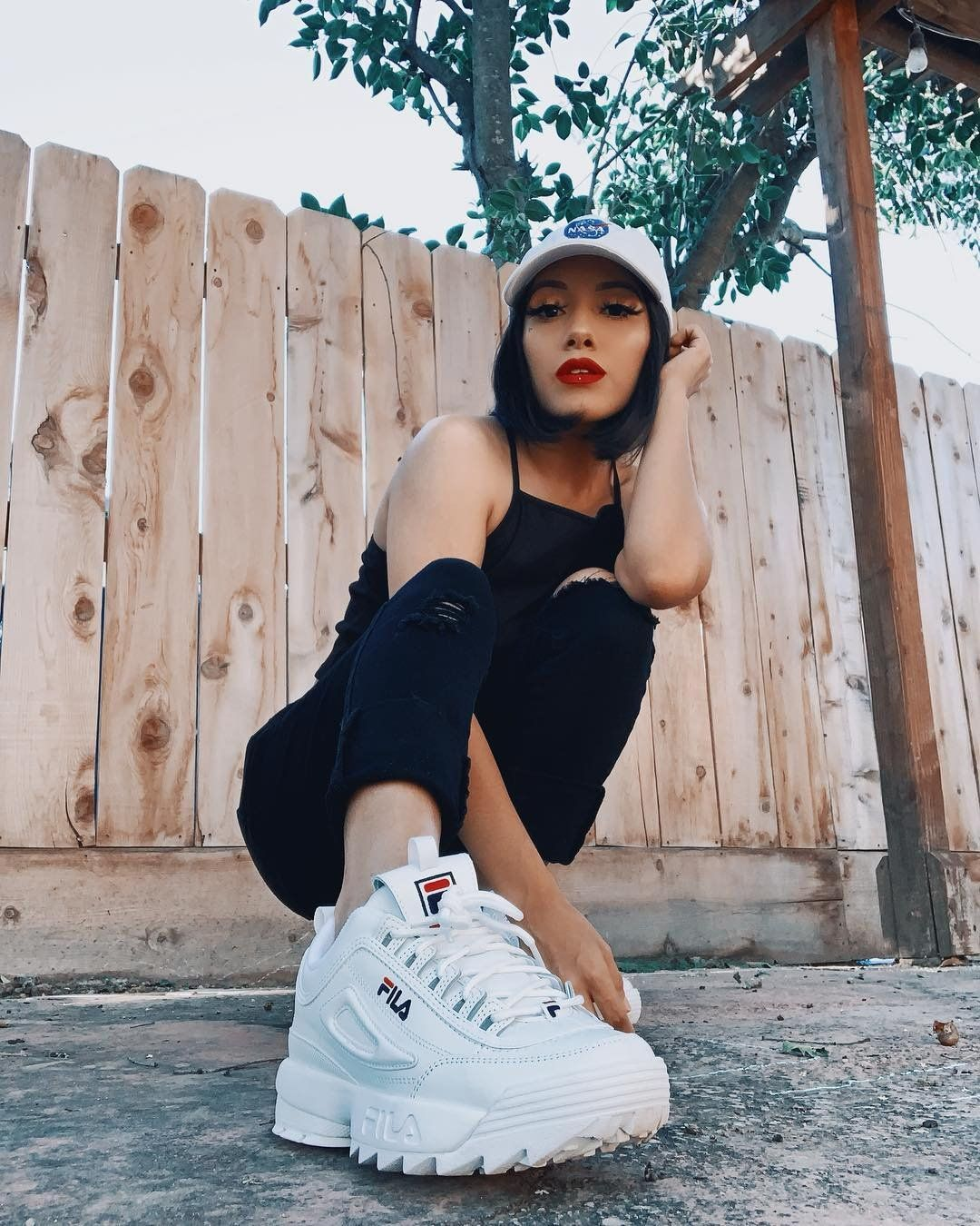 what to wear with fila disruptors outfit ideas for women with fila shoes herstylecode 8 What to Wear with Fila Disruptors - Outfit Ideas for Women with Fila Shoes