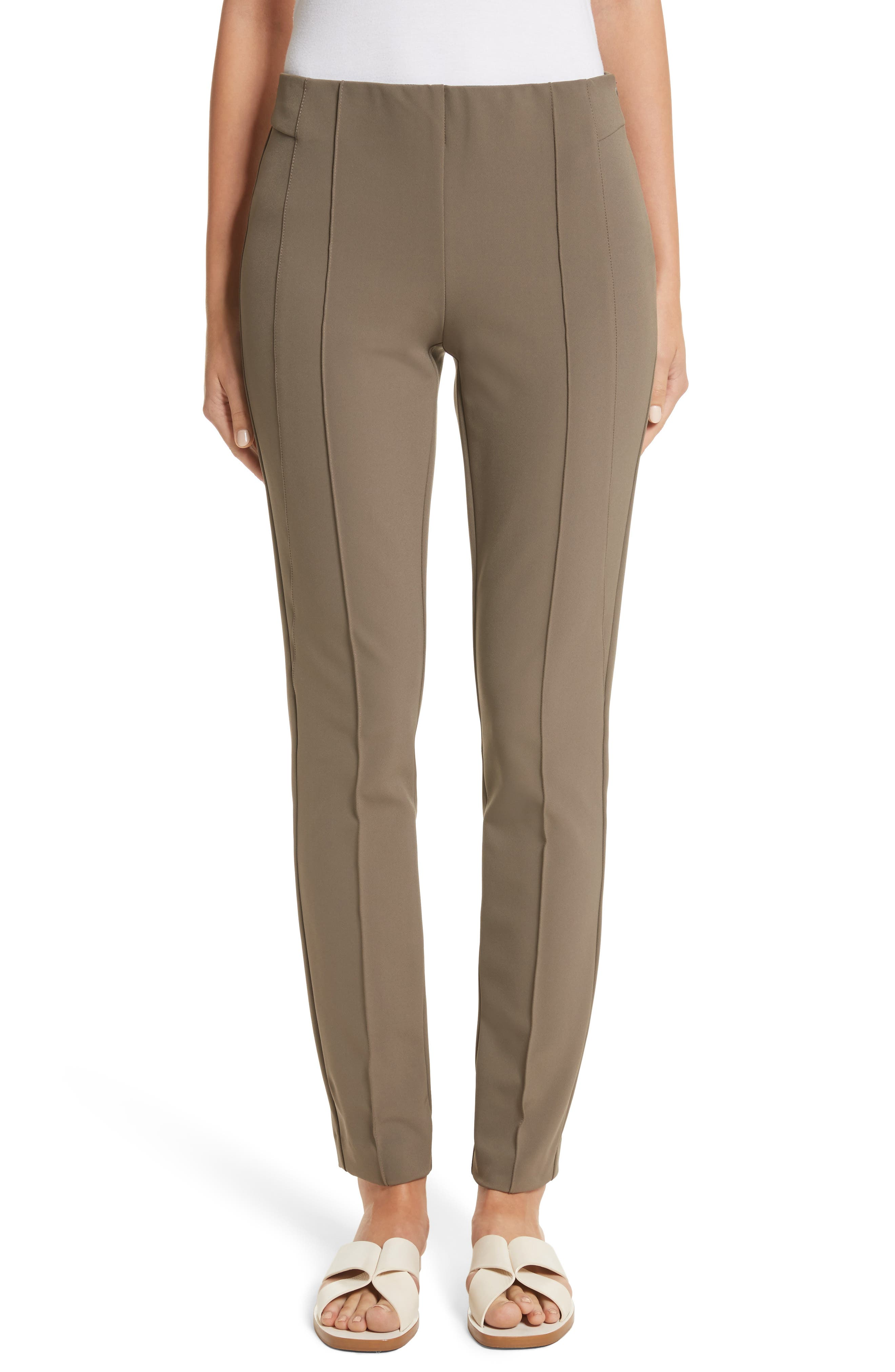 how to style brown pants outfit ideas for women with brown pants herstylecode How to Style Brown Pants - 30 Best Outfit Ideas for Women with Brown Pants