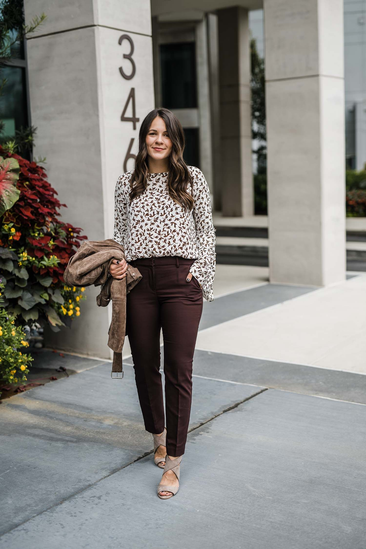 Casual Work Outfit Ideas For Fall | an indigo day Blog | Spring work outfits, Office casual outfit, Casual work outfits