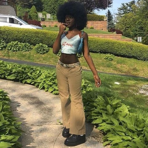 How to Style Low Rise Jeans - Low Rise Jeans Outfit Ideas for Women