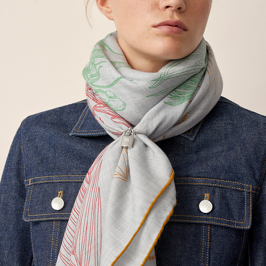 View: Worn, Charms Cadenas scarf ring, large model