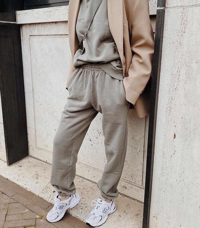 Joggers Outfits That'll Convince You to Live in Sweats