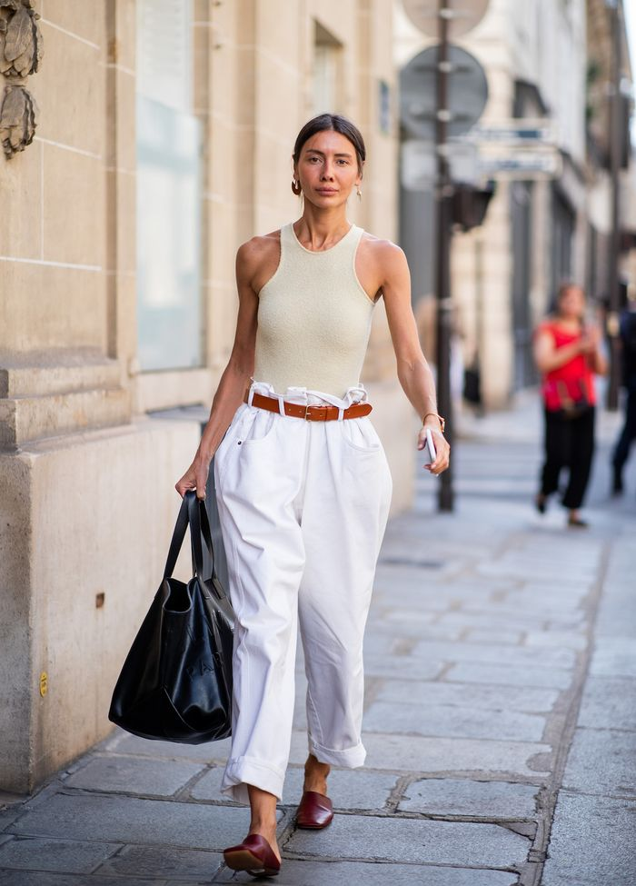 Proof That Paper-Bag Pants Are Majorly Trending width=