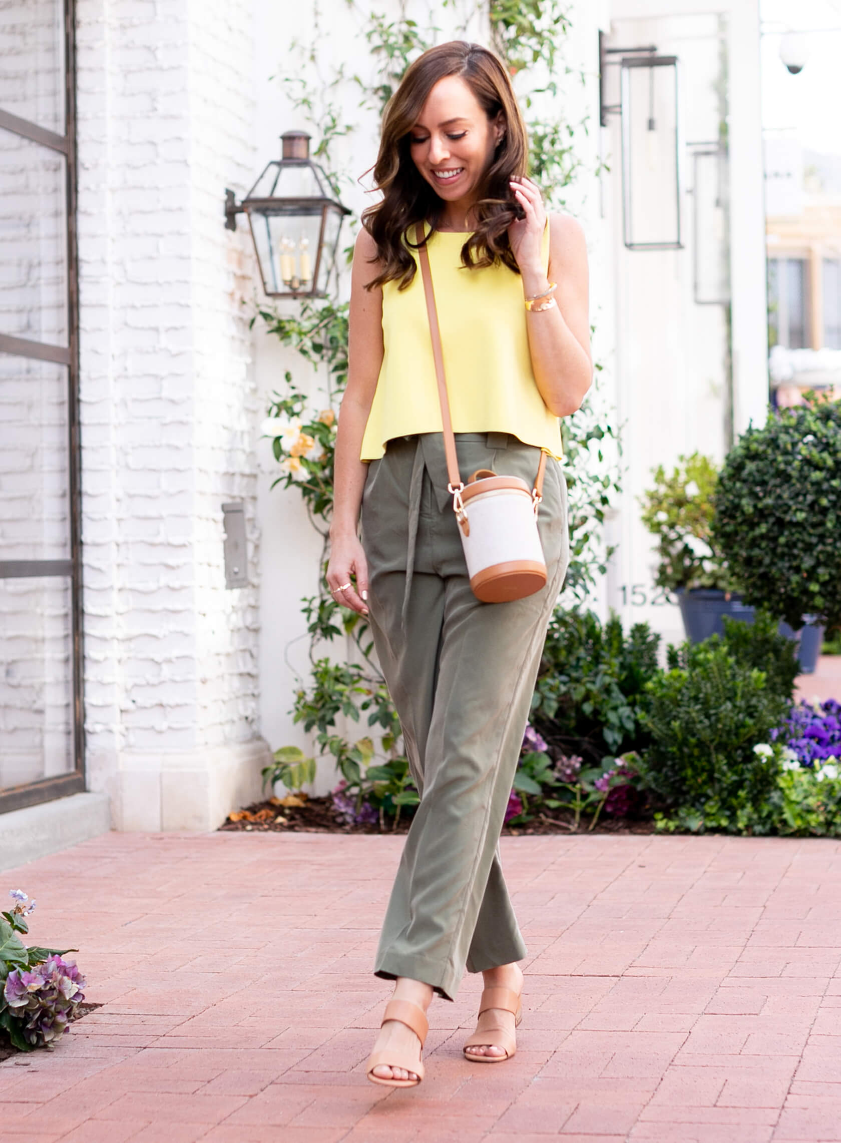 Sydne Style shows comfy outfit ideas in paperbag waist pants | Sydne Style