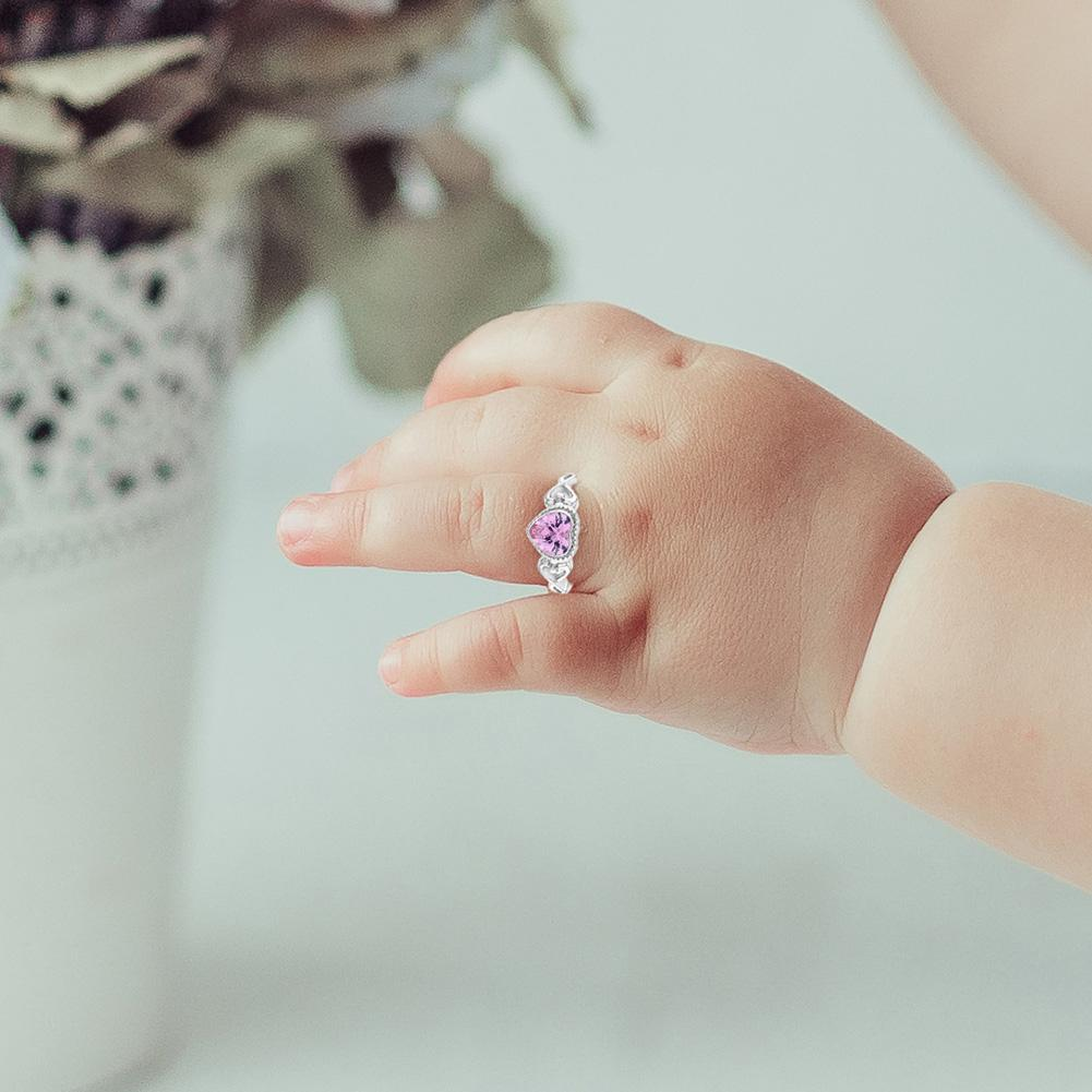 the pros and cons of baby girl rings herstylecode The Pros and Cons of Baby Girl Rings