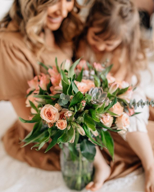6 Flower Care Tips To Keep Your Bouquet Looking Fresh