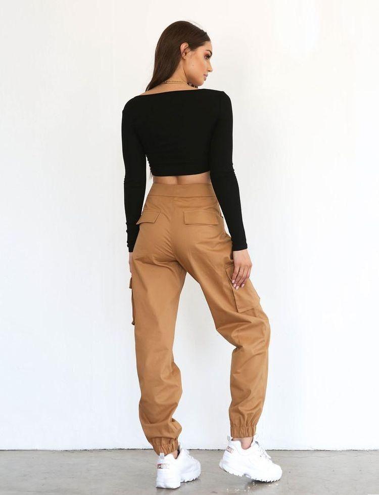 Pin by ??????♡ on fall fashion✨ | Cargo pants women outfit, Fashion outfits, Cargo pants outfit