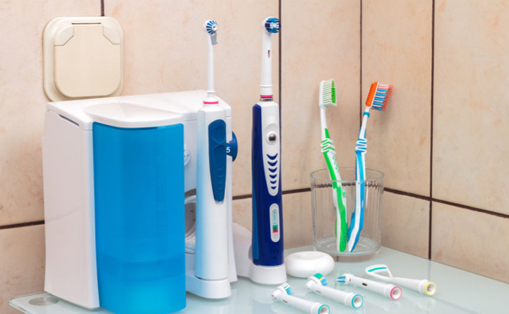 Best Electric Toothbrushes Reviews of Electric Toothbrushes 10 Best Electric Toothbrushes 2021 - Dentist Recommended Toothbrushes