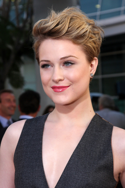 20 Amazing Short Hairstyles For Women