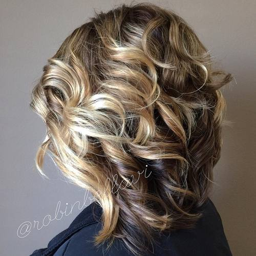 Tightly Curled Graduated Bob for Medium Length Hair
