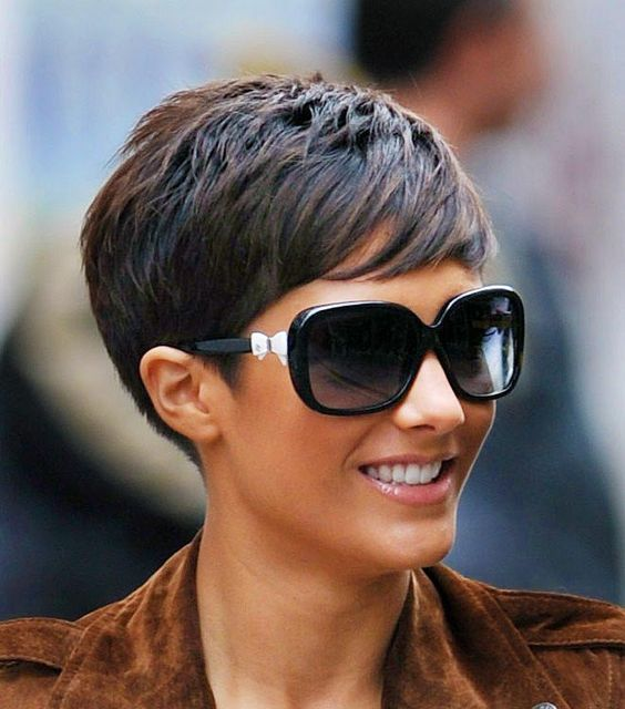 30 Hottest Pixie Haircuts 2018 - Classic to Edgy Pixie Hairstyles ...