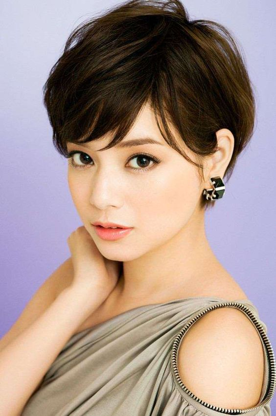 Hottest Pixie Haircuts Classic To Edgy Pixie Hairstyles - Classic pixie hairstyle